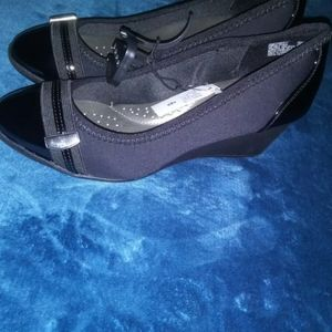 Time and Tru Women's Wedge Shoes High Heels Black